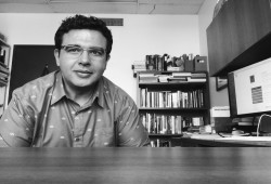 عصام حجي: الرئيس الشهيد ظُلم وأطالب برحيل قائد الانقلاب