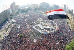 محمد علي يدعو للحشد بالميادين للمطالبة برحيل قائد الانقلاب
