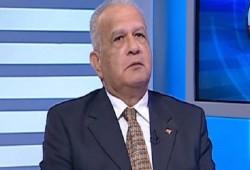شرطة الانقلاب تعتقل حازم حسني وحسن نافعة فجر اليوم