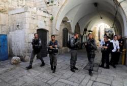 الاحتلال يغلق جميع أبواب المسجد الأقصى