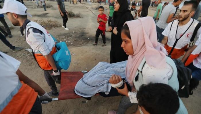 """استشهاد فلسطيني وإصابة العشرات في جمعة """"انتفاضة الأقصى والأسرى"""""""