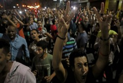 جماهير بلوزداد الجزائري يهتفون: السيسي عدو الله