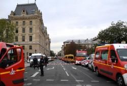"""بعد يوم من مظاهرات """"مسيرة الغضب"""".. مقتل 4 شرطيين فرنسيين طعنًا"""