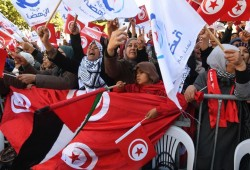 """""""النهضة"""" التونسية تدعو للمشاركة بالانتخابات وتكذب دعاوى الدعم الخارجي"""
