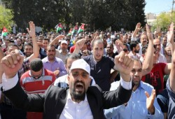 الأردن.. اتفاق بين الحكومة والمعلمين ينهي أطول إضراب في تاريخ البلاد