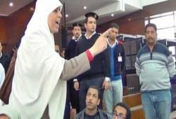 """تدهور الحالة الصحية لـ""""عائشة الشاطر"""" ونقلها إلى المستشفى"""