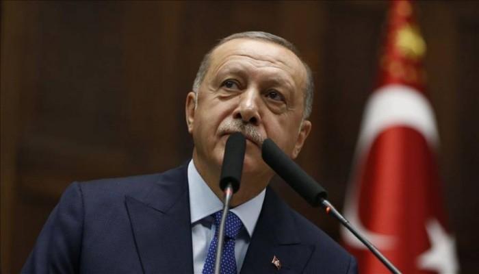 """أردوغان لـ""""ماكرون"""": ألستم من قتل مئات الآلاف في روندا والجزائر؟"""