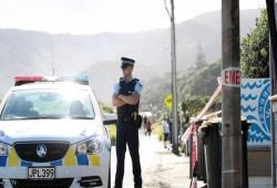 """لأول مرة في نيوزيلندا.. دوريات مسلحة بعد """"مذبحة المسجدين"""""""