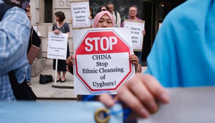 الصين تزعم احترام حقوق الإنسان بينما تقمع مليون مسلم!