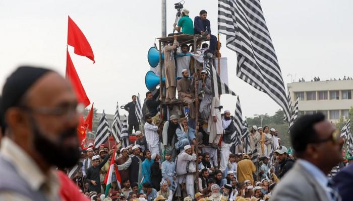 تظاهر آلاف الإسلاميين في إسلام أباد للمطالبة باستقالة الحكومة