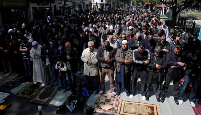 """مسلمو فرنسا يستنكرون استغلال """"الإسلاموفوبيا"""" للتضييق عليهم بالانتخابات"""