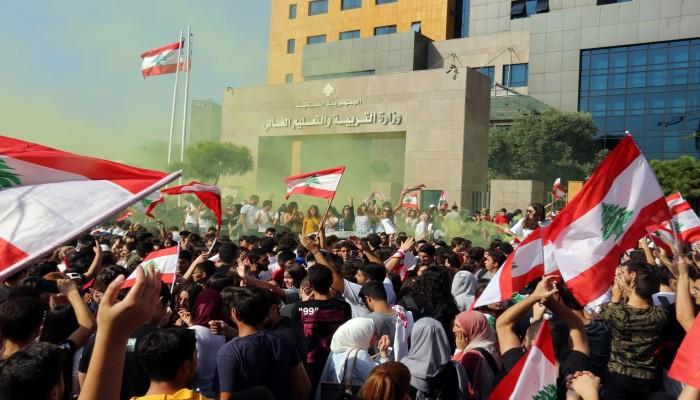 مظاهرات لبنان تتصاعد و4 قتلى و 35 جريحا في مظاهرات بغداد