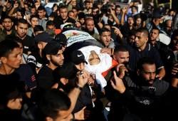 """الآلاف يشيعون الشهيد """"أبو العطا"""" والاحتلال يعلن الطوارئ ويفتح الملاجئ"""