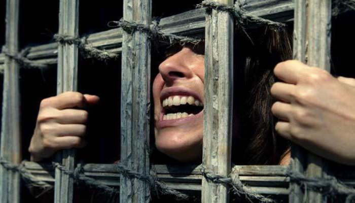 """اعتقال 3 بالشرقية وتجديد حبس 30 من متظاهري سبتمبر واستمرار إخفاء """"مي"""" ورضيعها"""