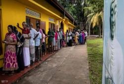 سريلانكا.. إطلاق نار على حافلات تقل ناخبين مسلمين قبل بدء اقتراع رئاسي