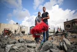 غزة.. صواريخ الصهاينة تغتال فرحة عروسين