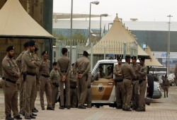 حملة اعتقالات جديدة بالسعودية تطال مثقفين وإعلاميين