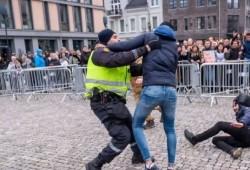 """مسلمو النرويج يردون على """"حرق المصحف"""" بفعاليات الاستماع للقرآن"""