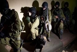اعتقال 15 فلسطينيا بينهم شقيق الشهيد الأسير سامي أبو دياك