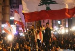 """لبنان.. تجدد الاحتجاجات وقطع الطرق رفضَا لحكومة """"تكنوسياسيّة"""""""