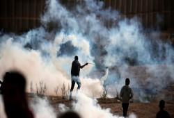 اعتقال فلسطينيين بغزة و37 مصابًّا برصاص الاحتلال في مسيرات العودة