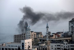 غارات صهيونية على مواقع للمقاومة بغزة فجر اليوم