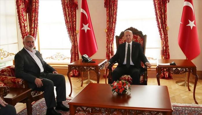 أردوغان يستقبل هنية بمكتب الرئاسة في إسطنبول