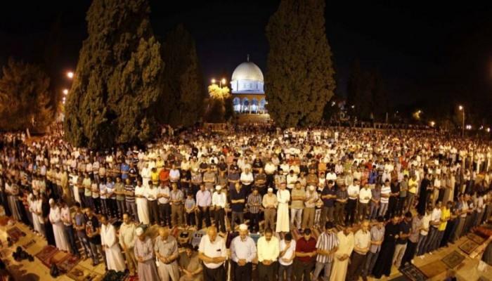 """""""حماس"""" تدعو للنفير العام وأداء الصلاة بـ""""الأقصى"""" و""""الإبراهيمي"""""""