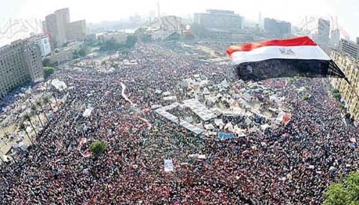 تحية للثوار.. ودعوة لتحقيق مطالب ثورة يناير