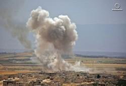 مقتل 10 سوريين بينهم 5 أطفال في قصف جوي روسي على إدلب