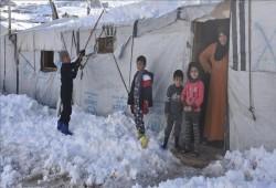 مخيم عرسال: معاناة مستمرة للاجئين السوريين من البرد القارس
