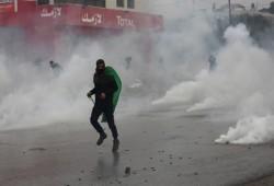 مواجهات واعتقالات بالضفة وإجراءات مشددة برام الله ومخطط استيطاني جديد