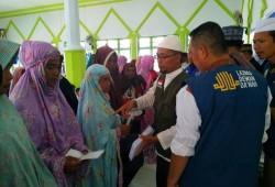 300 شخص يدخلون الإسلام جماعيا في إندونيسيا