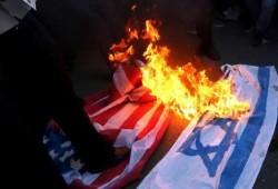 البحرين.. السجن 3 سنوات لمواطن حرق العلم الصهيوني