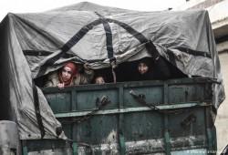 المرصد السوري: أعداد النازحين في حلب وإدلب تخطَّت المليون