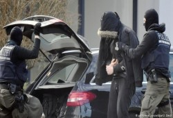 """ألمانيا تعلن عن إحباط هجمات """"مرعبة"""" ضد المساجد وتتعهد بحماية أماكن العبادة"""