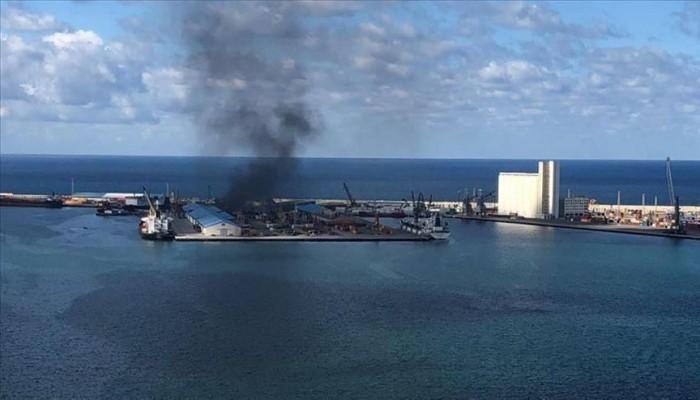 حكومة الوفاق تعلق مشاركتها في محادثات جنيف بعد قصف حفتر ميناء طرابلس