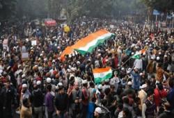 """مقتل 19 مسلمًا في احتجاجات """"قانون الجنسية"""" بالهند"""