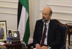 """رئيس وزراء الأردن: معاهدة السلام مع الكيان الصهيوني """"معرضة للخطر"""""""