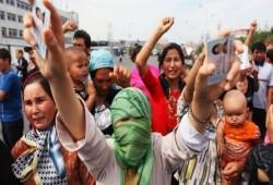 تقرير يتهم الصين بإجبار آلاف الإيجور على العمل بصورة قسرية