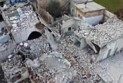 ميليشيات بشار تقصف وتدمر قرية بليون بريف إدلب وتقتل 11 مدنيا