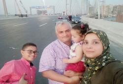 أسرة الصحفي أحمد سبيع تستنكر استمرار حبسه بعد خروجه من اعتقال 5 سنوات