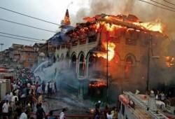 """""""اتحاد علماء المسلمين"""" يدعو لنصرة مسلمي الهند"""