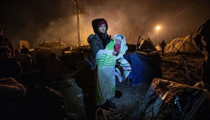 لاجئات على أعتاب اليونان يستغثن بنساء أوروبا