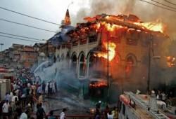 إرهاب الهندوس.. حرق 4 مساجد للمسلمين خلال 48 ساعة