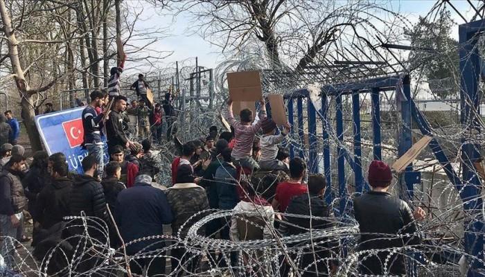 آمال طالبي اللجوء تنزف على أسلاك اليونان الشائكة وعالقون بالبوسنة يأملون الوصول لأوروبا