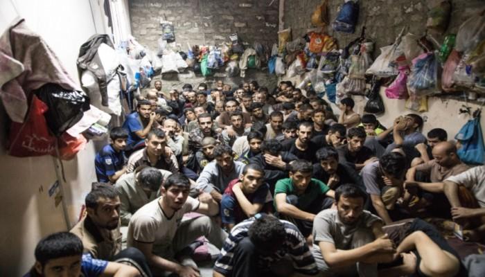 """""""الأورومتوسطي"""" يدعو لإطلاق سراح معتقلي الرأي في العالم العربي"""