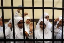 أمن الانقلاب بالإسكندرية يعتقل ٧ سيدات من أسر معتقلي برج العرب