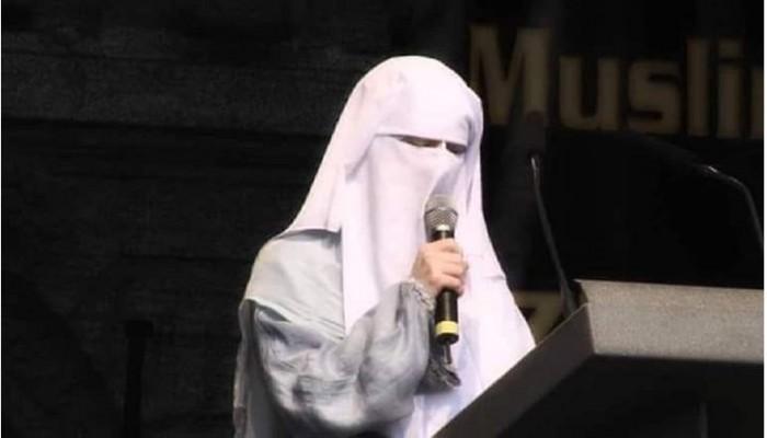 """وفاة الداعية """"نورا إيلي"""" بسويسرا.. دافعت عن الإسلام وانتصرت للحجاب في أوروبا"""