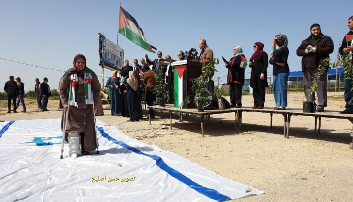 """في ذكرى يوم الأرض.. مسيرات """"العودة"""" تدعو لحرق علَم الاحتلال بعد أذان المغرب"""